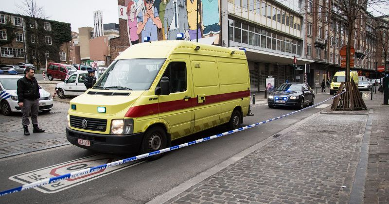 Brussels Mayem: Police Beaten by Migrants, Ambulance Blasted in 'No-Go Zone'