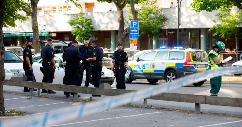 Swedish Police Sound Alarm as Civilians Get Caught in Violent Gang Conflicts