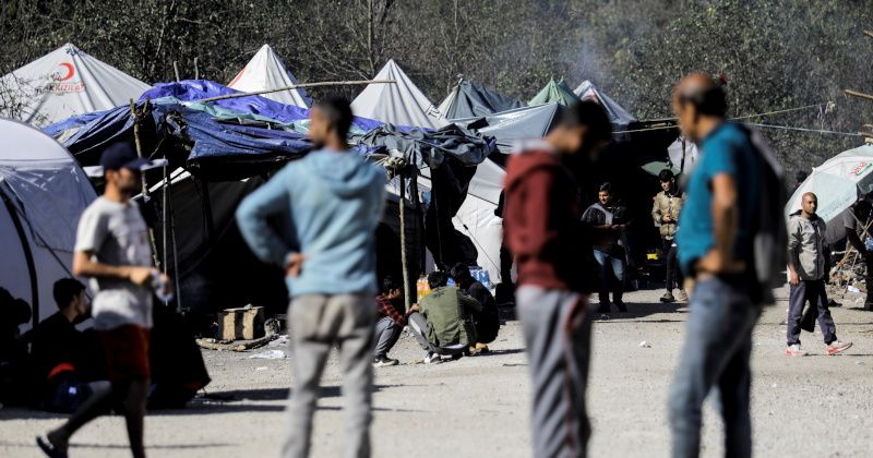 Bosnia Launching 24-Hour Curfew For Migrant Camps Due to Overwhelmed Border Towns